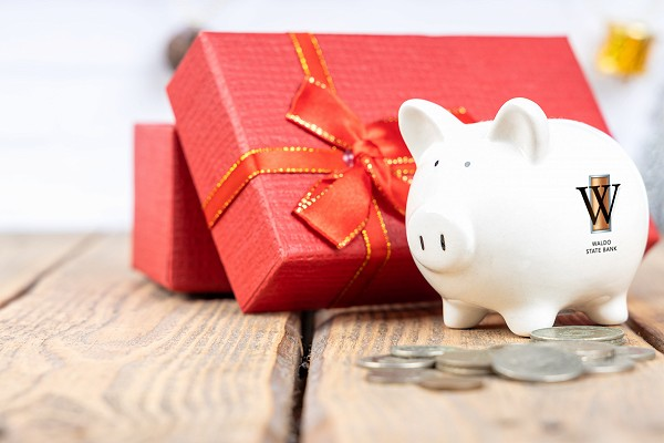 The Giving Season: 6 Tips on how to give and save for the holidays